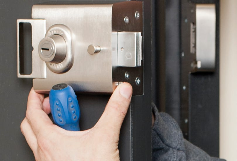 Searching for professional locksmith